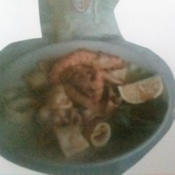 Fried Shrimp (Heads, skins and eyes on) and Calamari